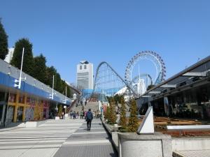 関東に、球春。
