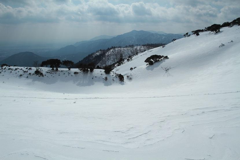 竜ヶ岳、16