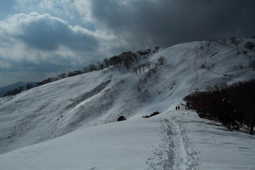 竜ヶ岳、17