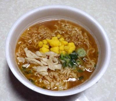 2/22発売 チキンラーメンどんぶり 旨辛棒棒鶏風(できあがり)