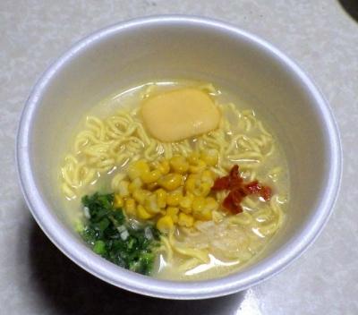 3/7発売 三つ星 スーパーカップ1.5倍 塩バター味ラーメン(できあがり)