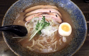 綿麺 和風とんこつ(2015年12月)