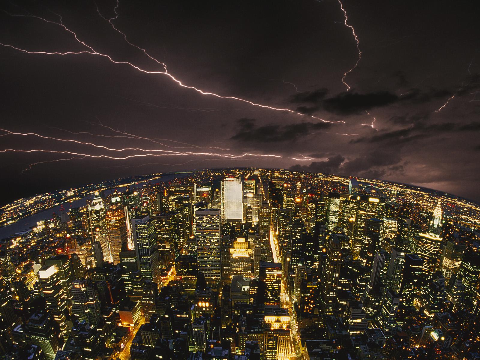 落雷も上手に使えば発電所にとっては有益な存在となる