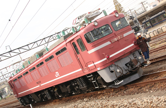 20151129大牟田EF81717 (16)のコピー