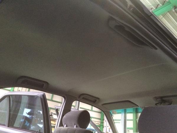天井張替え BMW525i (E34)
