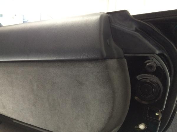 ドア内張り破れ補修 インプレッサ S204