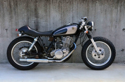 SR400CAFE used (1)
