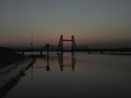 昇開橋の夕陽 055