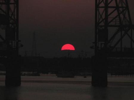 昇開橋の夕陽 048