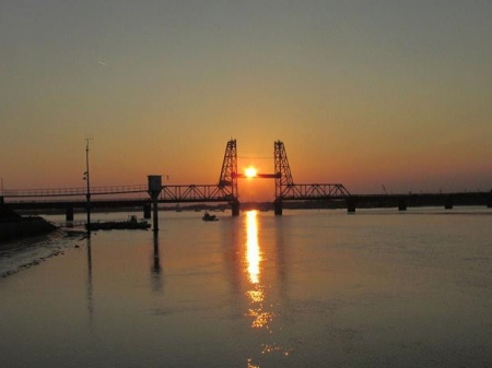 昇開橋の夕陽 015