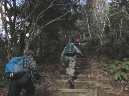 小岱山へ坂田さん達と 032