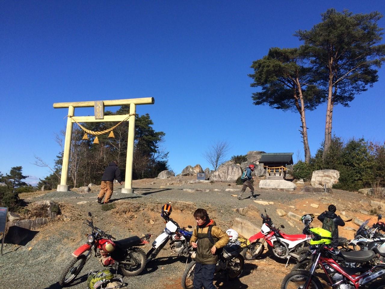 1230 ダート神社お参り林道_6820