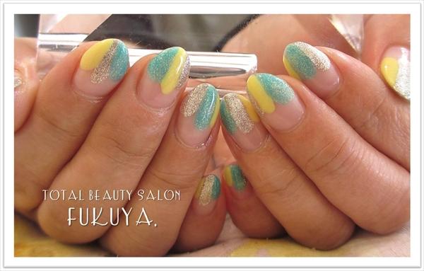 春カラーで塗りかけフレンチ(*^-^*)♪