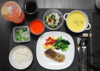 鮭フライの和風洋食