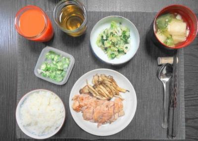 鶏胸肉の、柔らかステーキ御膳