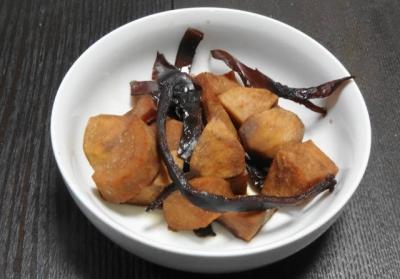 小芋とスルメの煮物
