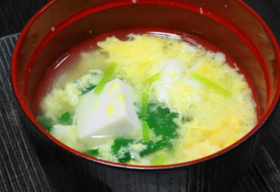 豆腐と卵のお吸い物