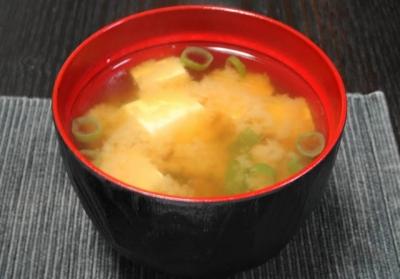 豆腐とかぶの味噌汁