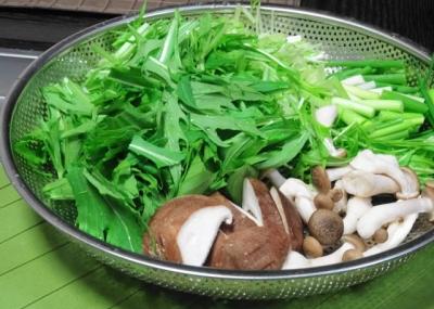 水菜・ネギ・椎茸・シメジ
