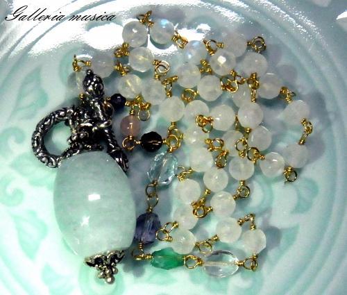天然石のネックレス2
