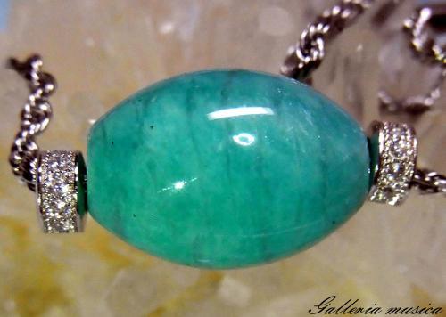 天然石のネックレス1