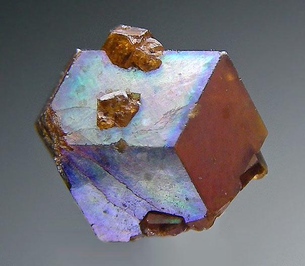 No.815 Rainbow Garnet