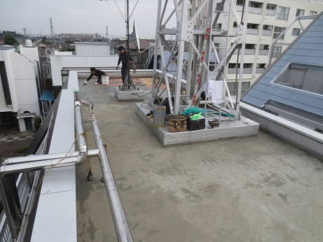 屋上防水工事下地塗り