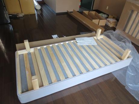 DIYベッド組み立て