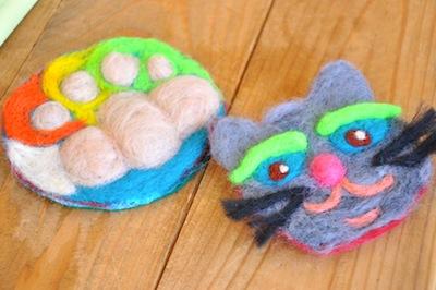 羊毛猫ブローチWS201511