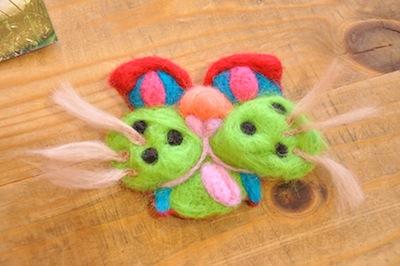 羊毛猫ブローチWS201512