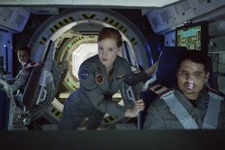 kate-mara-jessica-chastain-michael-pena-the-martian.jpg