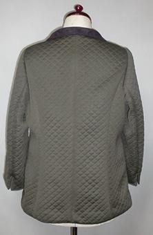 オブロングカラーのジャケット