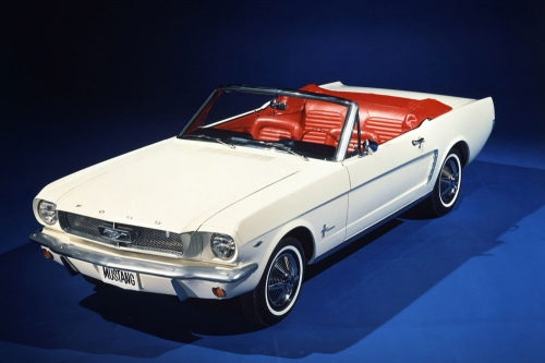 1964-1_2-ford-mustang-convertible-01