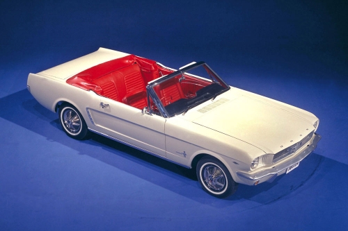 1964-1_2-ford-mustang-convertible-02