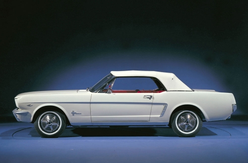 1964-1_2-ford-mustang-convertible-03