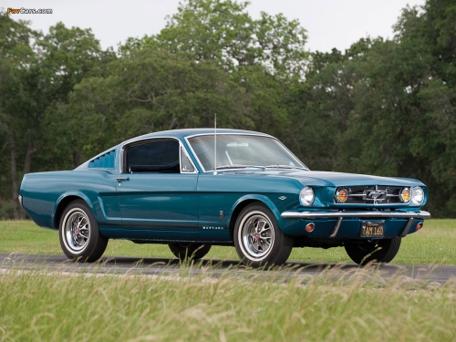 1965-ford-mustang-fastback-01