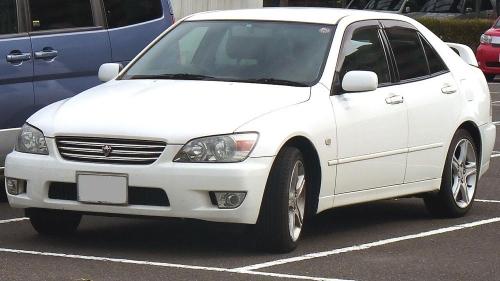 1998-Toyota-Altezza_01