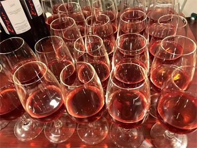 1602 glasses