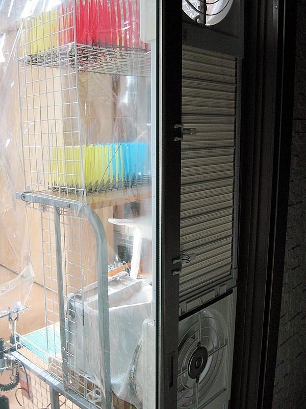 4塗装ブース 作業 環境 デスク 換気扇
