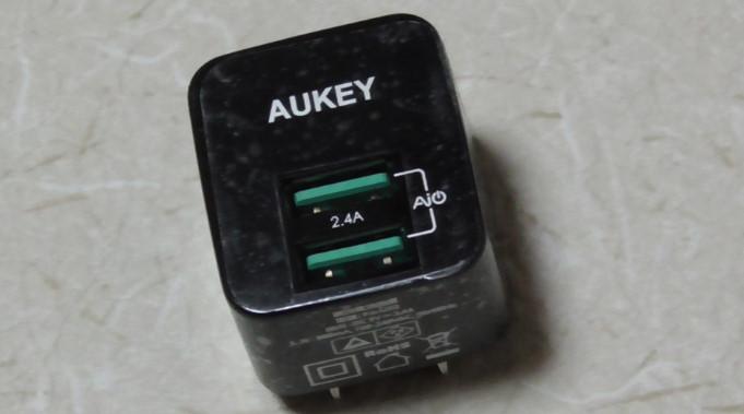Aukey 充電器PA-U324-58-01-670