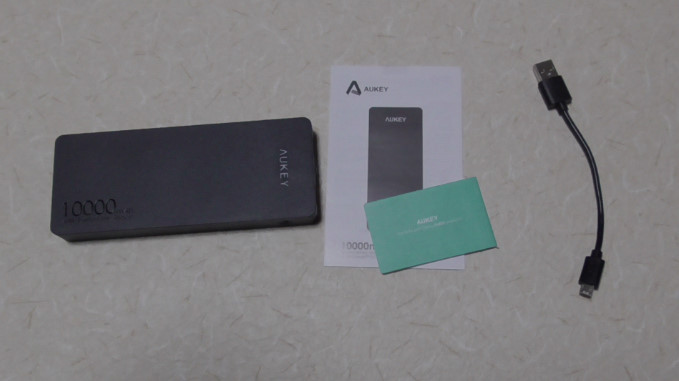 Aukeyモバイルバッテリー10000mAhPB-T48 22-34-02-553