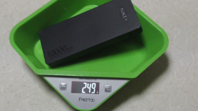 Aukeyモバイルバッテリー10000mAhPB-T418 22-34-10-027
