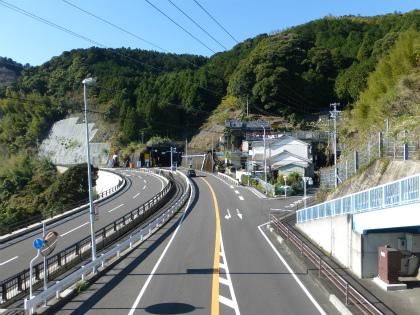 木本隧道09