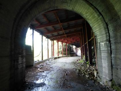 立岩隧道10