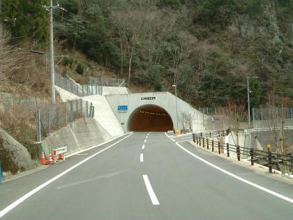 横山隧道12
