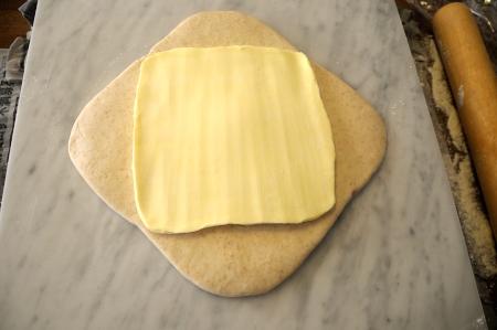 バターと生地