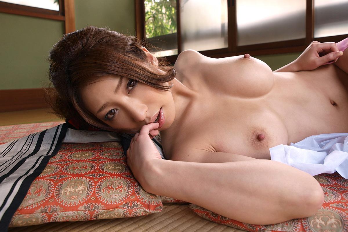 【No.25566】 おっぱい / 佳山三花