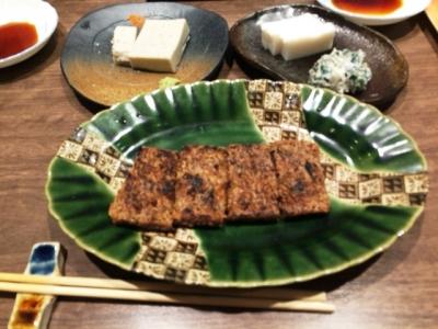 151103手打ちそばまきの自然薯の蒲焼きハーフ590円