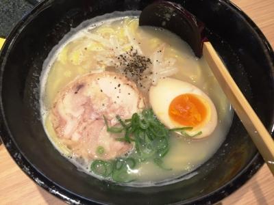 151222てつえもん名古屋うまいもん通り店鶏白湯ラーメン840円