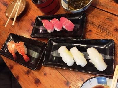 151218こまいち寿司えび300円、マグロ250円、いか250円